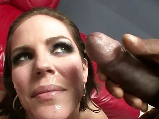 Fleshly Bobbi Starr gets her face plastered with cum