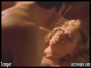 Heart-Stopping Blonde Gretchen Mol Exposes Her Hot Rack In a Sex Scene