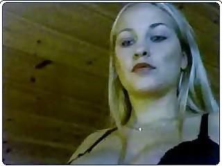 Webcam - Tess Swedish Girl Stripshow