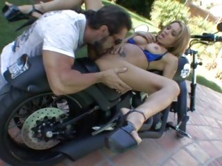 Renae Cruz gets to grips with a biker's cock
