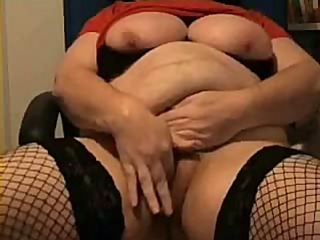 mature bbw masturbation with vibe and beads