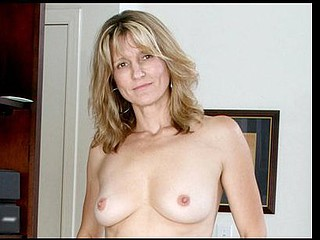 Sweet golden-haired mother i'd like to fuck stuffs her fuzzy love tunnel with a vibrator