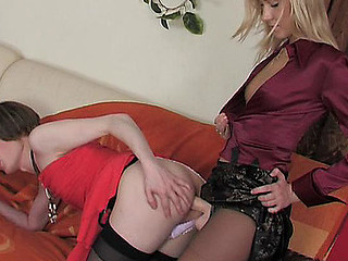 Jess&Walter ding-dong sissysex action