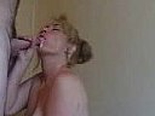 Milf blow and sucking empty