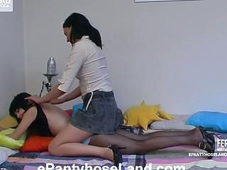 Gertie&Laura amazing hose movie