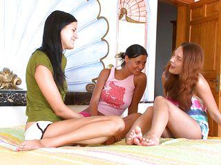 three teens sharing the same lesbian lust