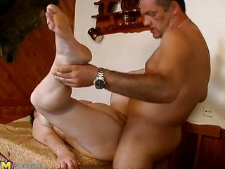 sex on the table with a housewife is great