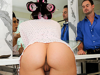 Rachel Starr Gets Fucked Previous To Going Out