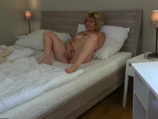 Legal Age Teenager angel and old aged lesbo