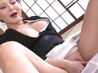 Yuki Tsukamoto in Widowed babe Yuki Tsukamoto gets filled up with loads of cum - AviDolz