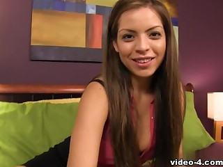 Yurizan Beltran does a professional handjob to lover