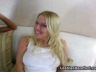 Golden-haired lesbo slut licks brunette gal pussy