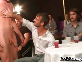Lots of horny gays sucking