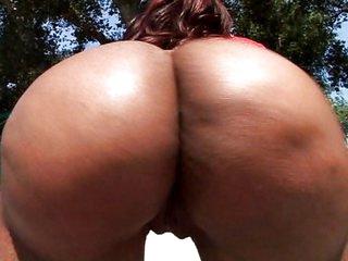 Banging her huge ass