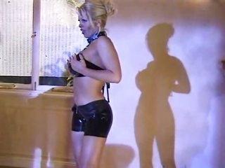 Latex ladies have glamorous lesbo sex